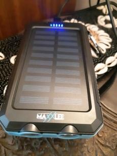 MaxxLee solar charger